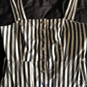 Forever 21 Snap Buttoned Dress with Pockets